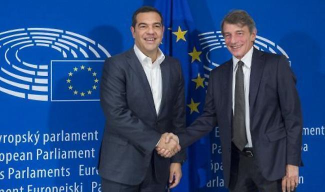 Τσίπρας: Η Ελλάδα ξαναγυρνάει σε ρόλο κομπάρσου στα Βαλκάνια