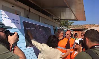 Ο Πατούλης στην έναρξη των αντιπλημμυρικών έργων στη Μάνδρα (pics)
