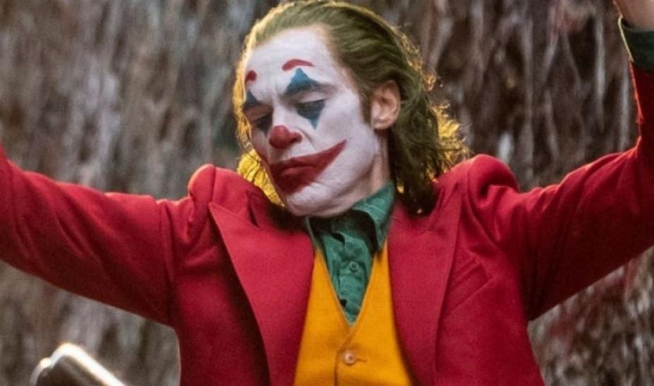 Χαμός στο Μπρονξ για μια φωτογραφία στα θρυλικά σκαλιά της ταινίας Joker (video)
