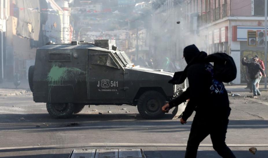 Χιλή: Έκτακτo συμβούλιο πολιτικών αρχηγών για τον τερματισμό των άγριων ταραχών