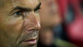 Marca: «Παίζει το κεφάλι του ο Ζιντάν»