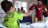 Αργεντινή: Iron Man φέρνει χαμόγελα σε άρρωστα παιδιά με επισκέψεις σε νοσοκομεία