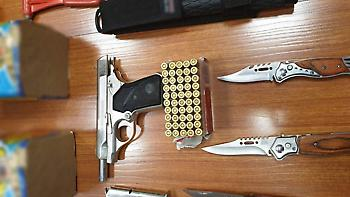 Βρέθηκε οπλοστάσιο στο σπίτι 31χρονου που συνελήφθη για τα επεισόδια στου Ρέντη (pics)
