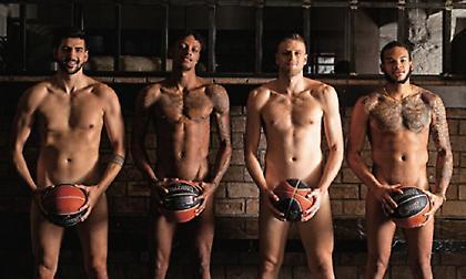 Για την καμπάνια κατά του AIDS φωτογραφήθηκαν οι παίκτες του Ιωνικού