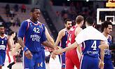 Ντάνστον στο sport-fm.gr: «Έχω ρόλο ηγέτη στην Εφές - Φανταστικοί οι οπαδοί του Ολυμπιακού»