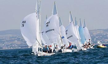 Εντυπωσιακές οι σημερινές ιστιοδρομίες στο «29ο Athens International Sailing Week»