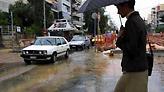 Προβλήματα σε αρκετούς δρόμους στην Αττική λόγω της βροχόπτωσης