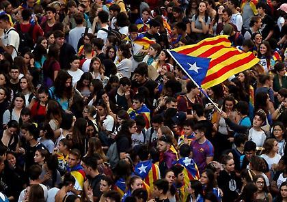 Βαρκελώνη: Νέες διαδήλωσεις υπέρ της ανεξαρτησίας (vids)