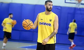 Γιάνκοβιτς: «Το φάρμακο είναι η νίκη σε κάθε αγώνα»