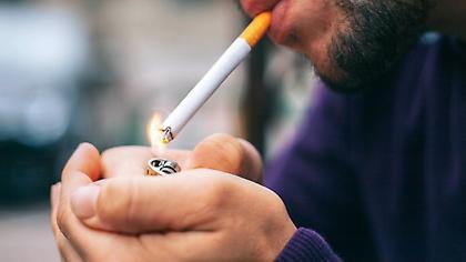 Έλεγχοι για κάπνισμα: Στο 72% των καταστημάτων δεν βρέθηκαν καπνίζοντες
