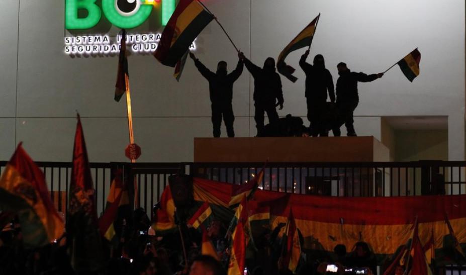 Βολιβία: Τρεις διαδηλωτές νεκροί σε συγκρούσεις με δυνάμεις του στρατού
