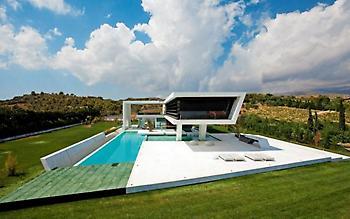 Το εντυπωσιακό αυτό σπίτι βρίσκεται στην Αττική