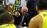 Ομπράντοβιτς σε παίκτες: «Συγγνώμη που θα μιλήσω έτσι, μπορώ να παρακαλέσω να παίξετε λίγη άμυνα;»