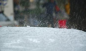 Έκτακτο δελτίο: Επιδείνωση του καιρού από το μεσημέρι με τοπικά ισχυρές βροχές και καταιγίδες