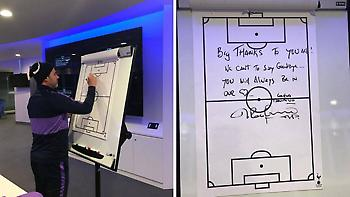 O Ποτσετίνο αποχαιρέτησε τους παίκτες της Τότεναμ με μήνυμα στον πίνακα (pic)