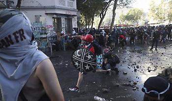 Χιλή: Νέα βίαια επεισόδια, λεηλασίες και εμπρησμοί στις κινητοποιήσεις