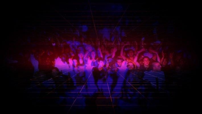 «Καρεκλάδες», μάπες, έκσταση: Το τραγούδι των 90's που κάθε έφηβος έχει χορέψει σε κλαμπ