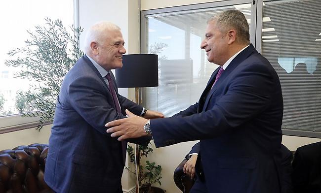 Μελισσανίδης: «Πιο σημαντική η υπογραφή Περιφέρειας-Ερασιτεχνικής»
