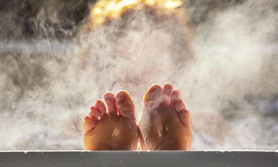 Μπορεί το ζεστό μπάνιο μετά την προπόνηση να σε κάνει πιο γρήγορο;