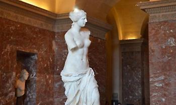 «Το άγαλμα ήταν άθικτο»: Τι απέγιναν τα χέρια της Αφροδίτης της Μήλου μετά την κλοπή της
