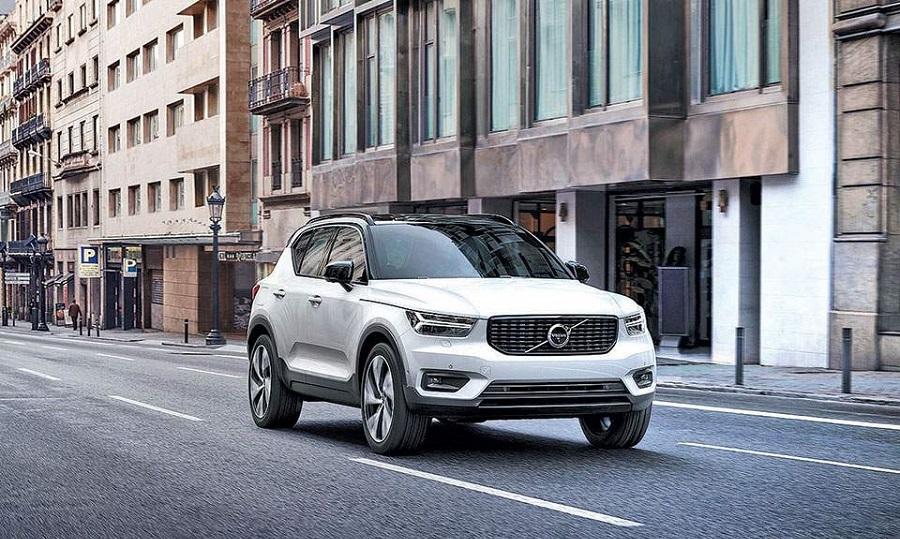 Volvo: Νέο υβριδικό XC40 και τεχνολογία για λιγότερα καυσαέρια