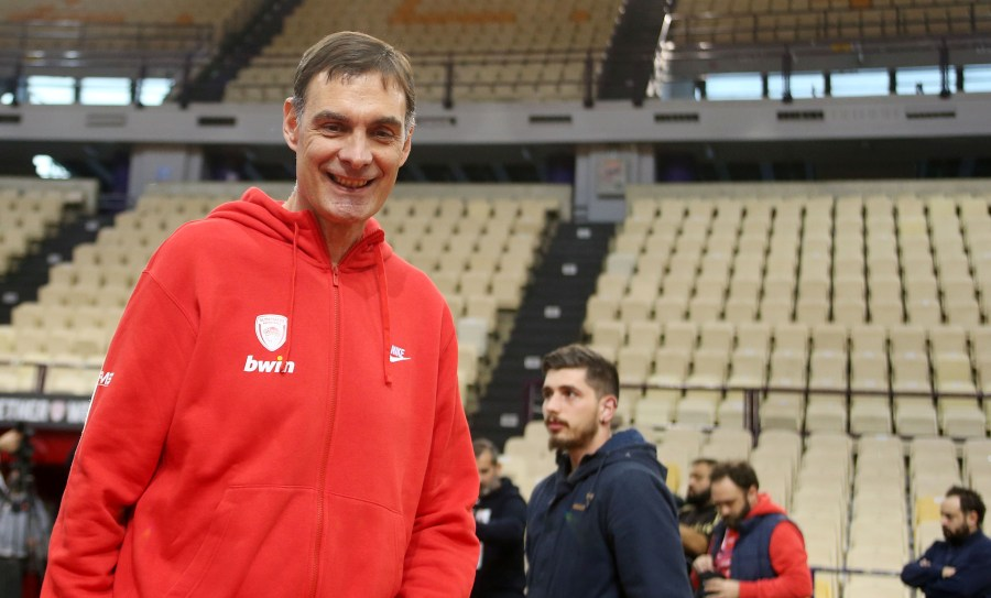Ζέρβας: «Οι ενισχύσεις στον Ολυμπιακό αναμένονται μετά τη διαβολοβδομάδα»