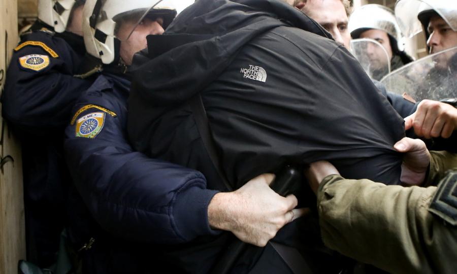ΕΛΑΣ:  Δεκάδες συλλήψεις σε Αθήνα-Αττική μέσα σε ένα 24ωρο