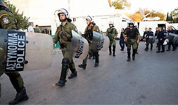 Προσαγωγές και συλλήψεις οπαδών πριν το ΟΦΗ-Ολυμπιακός