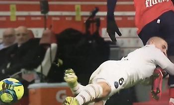 Μαρκάρισμα… ράγκμπι από τον Βεράτι δεν τιμωρήθηκε με κάρτα (video)