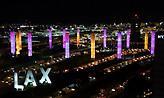 Στα «χρώματα» του Κόμπι «ντύνονται» κτίρια στις ΗΠΑ