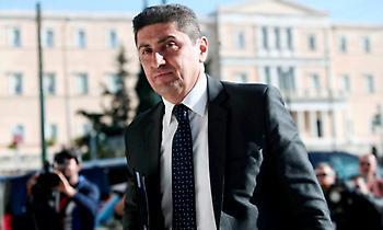 Αυγενάκης: «Δεν γίνεται να επιβάλλεται υποβιβασμός σε ιστορικές ομάδες χωρίς απόλυτη τεκμηρίωση»