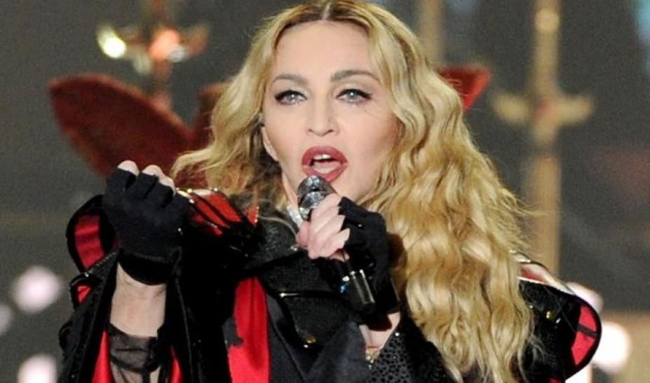 Τι τρέχει με την υγεία της Μαντόνα; - Ακυρώνει τις συναυλίες τη μία μετά την άλλη