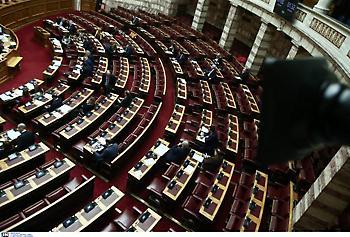 ΣΥΡΙΖΑ: «Να παραιτηθεί ο υπεύθυνος του χάους κ. Αυγενάκης»