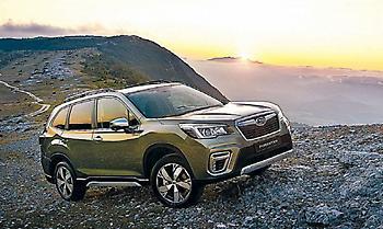 Οδηγούμε τα νέα Subaru Forester και XV e-BOXER