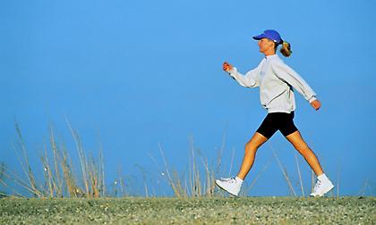 Γρήγορο περπάτημα: Πόσα βήματα το λεπτό πρέπει να κάνεις;