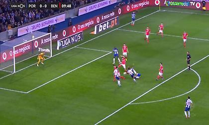 Γκολάρα ο Σέρζιο Ολιβέιρα και… 1-0 η Πόρτο στο ντέρμπι (video)