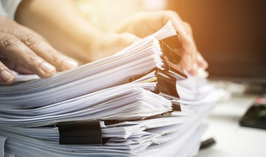 Τέλος στο «κυνήγι» εγγράφων: Σε μια πλατφόρμα όλα τα στοιχεία των πολιτών