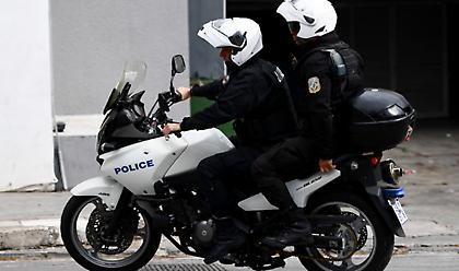 Προφυλακιστέος ο αστυνομικός που κατηγορείται για 11 ληστείες