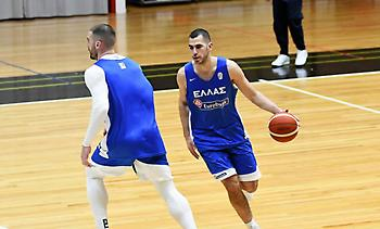 Μποχωρίδης: «Να κάνουμε το πρώτο βήμα για το Ευρωμπάσκετ»