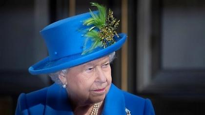 Νέο σκάνδαλο στο Μπάκιγχαμ ταράζει την Βασίλισσα Ελισάβετ