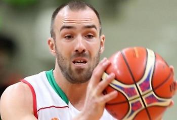 Βελίκοφ: «Έχει καλούς παίκτες αλλά όχι αστέρα η εθνική Ελλάδας»