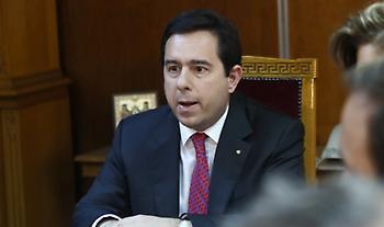 Μηταράκης: Πρωτοβάθμια απόφαση σε 24 ημέρες για τις νέες αιτήσεις ασύλου