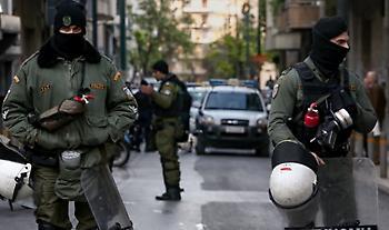 Αστυνομική επιχείρηση στα Εξάρχεια: 4 συλλήψεις σε υπό κατάληψη κτίριο