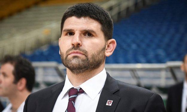 Παπαμακάριος: «Ο Νικολαΐδης δείχνει στοιχεία που δεν βρίσκουμε συχνά στα ελληνικά γήπεδα»