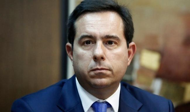 Επιστολή Μηταράκη σε υπουργεία και δήμους β/α Αιγαίου για το οριστικό κλείσιμο των ΚΥΤ