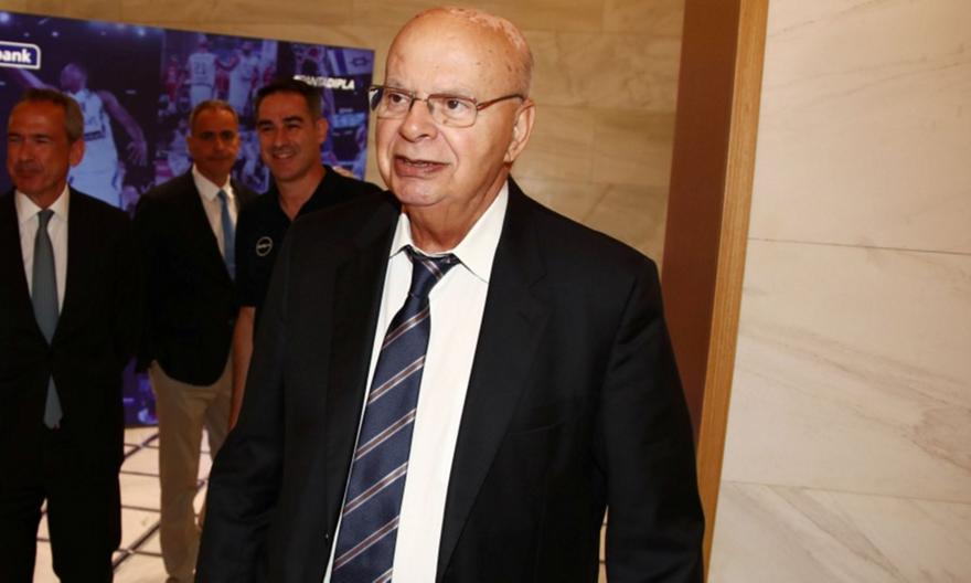 Βασιλακόπουλος σε Ζαγκλή: «Εκεί κατάντησε το παγκόσμιο μπάσκετ…»