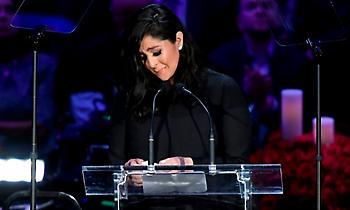 «Ράγισε» το Staples Center με τον λόγο της για τον Κόμπε η Βανέσα Μπράιαντ (video)