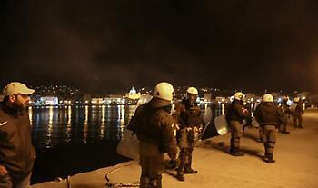 Τι αναφέρει η ΕΛ.ΑΣ. για την αποστολή ΜΑΤ σε Χίο και Μυτιλήνη
