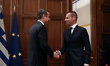 Τι προβλέπει το μνημόνιο που υπέγραψαν Κυβέρνηση και FIFA/UEFA