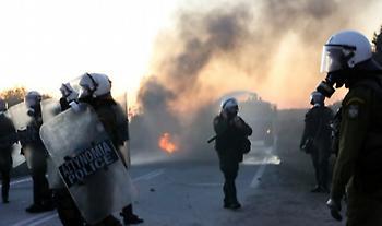 Μυτιλήνη: Χημικά και κρότου λάμψης κατά διαδηλωτών